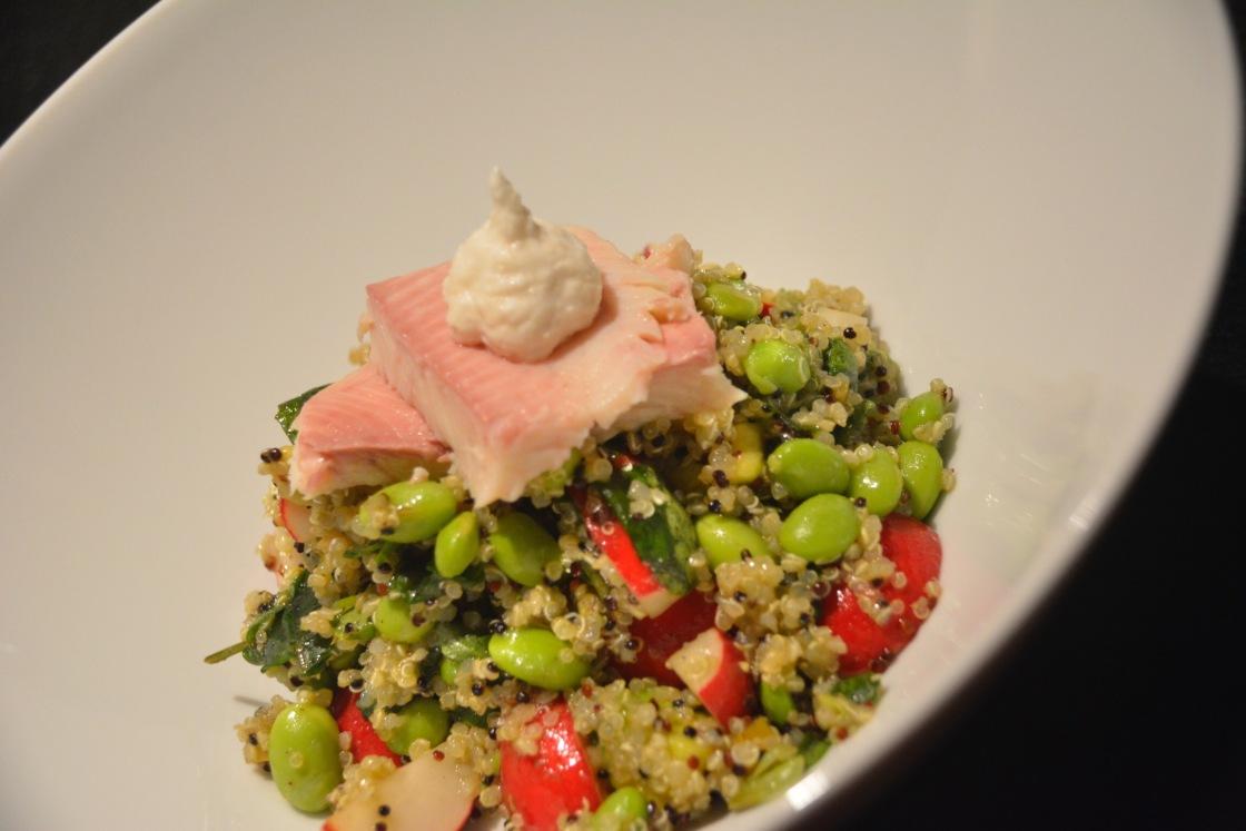 quinoa salat mit r ucherforelle liebe mit biss. Black Bedroom Furniture Sets. Home Design Ideas